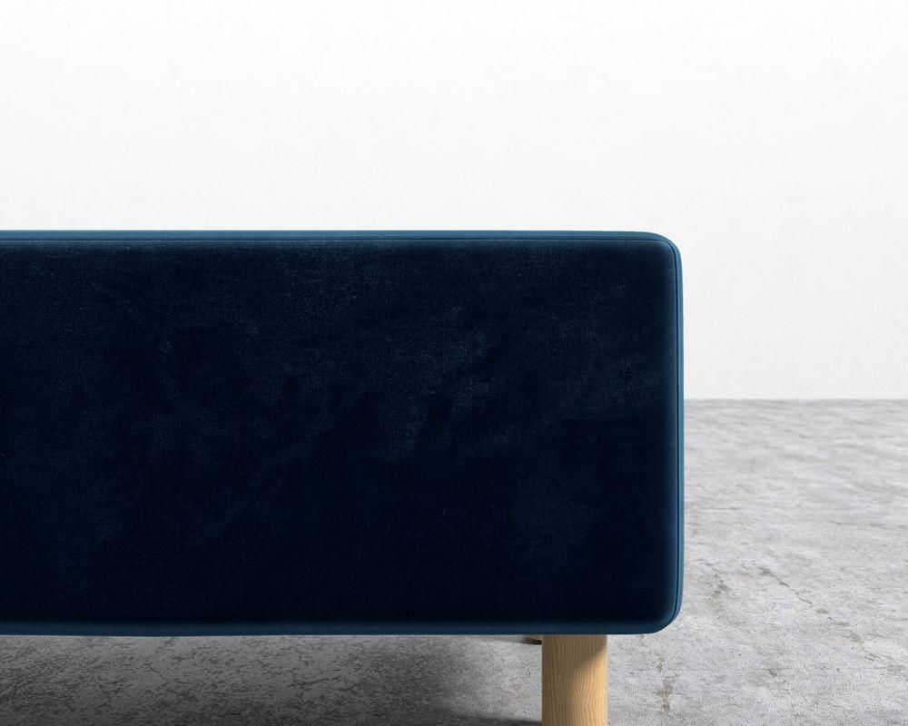 Luna Bench