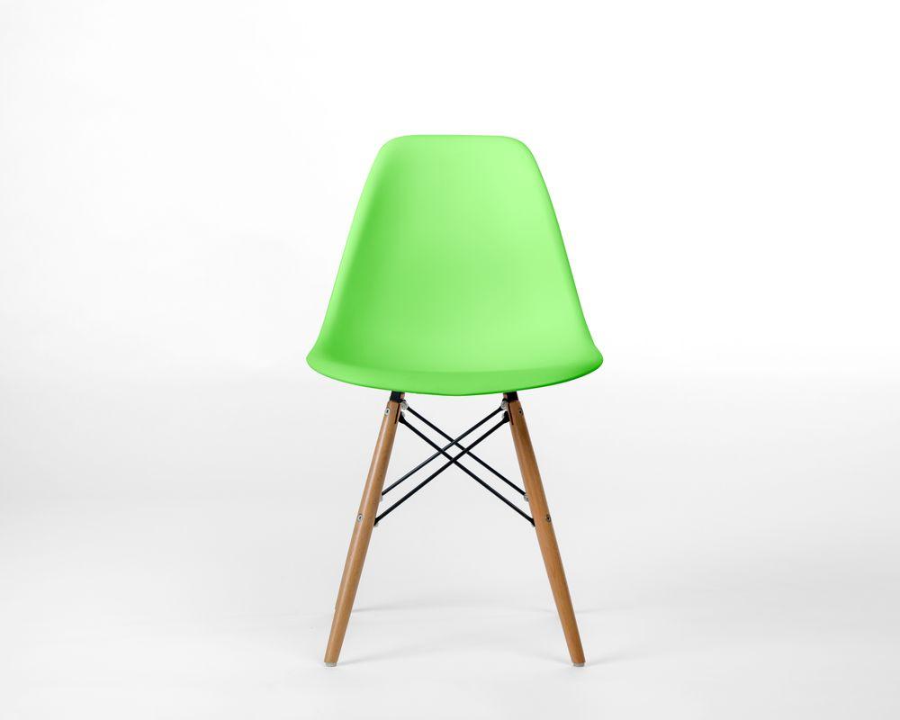 DSW Molded Plastic Side Chair Wooden Dowel Base