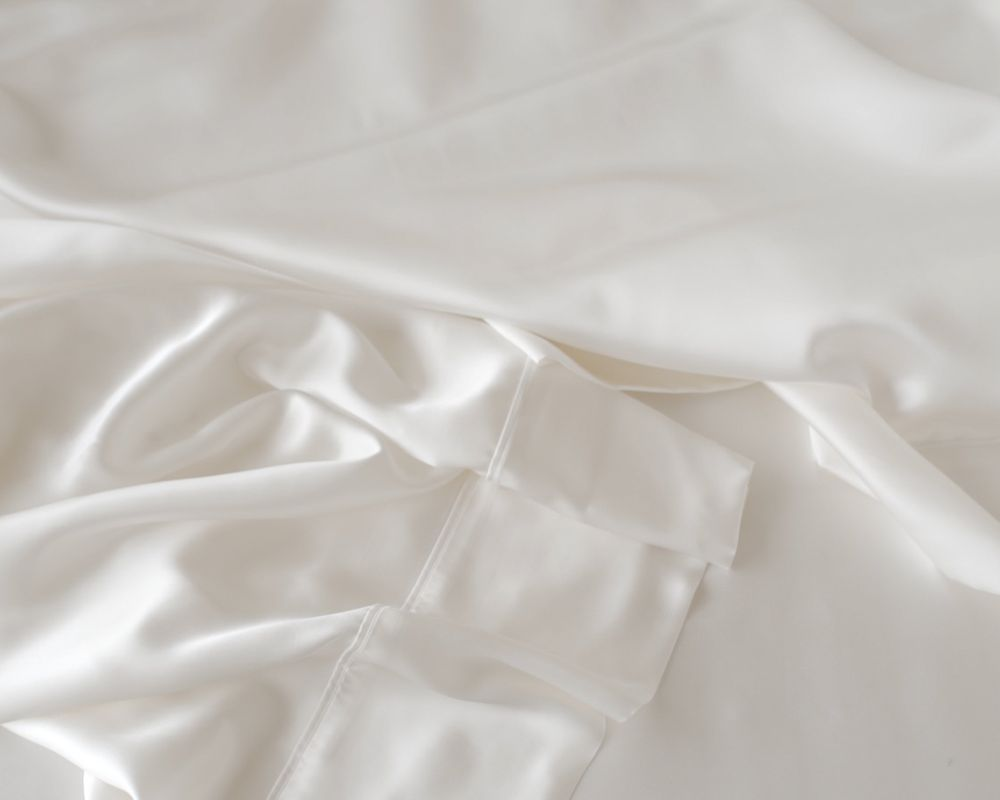 Mulberry Charmeuse Silk Fitted Sheet